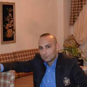 Aras Akın, 36, Bodrum, Turkey