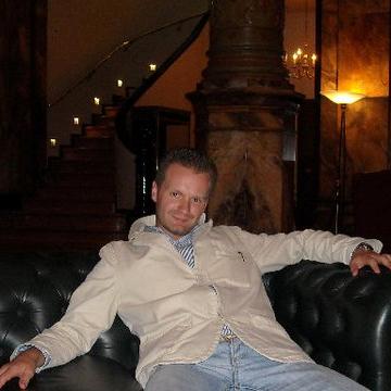 Paul, 32, Bruxelles, Belgium