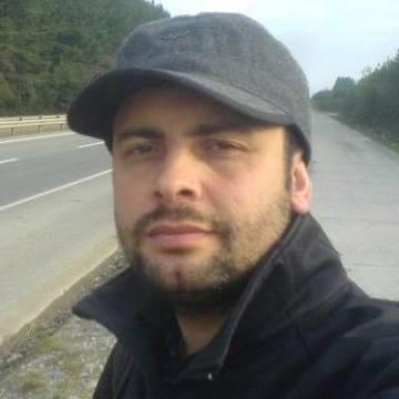 Cristian Martinez Muñoz, 39, Valdivia, Chile