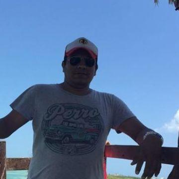 Gabriel Huidobro, 35, Playa Del Carmen, Mexico
