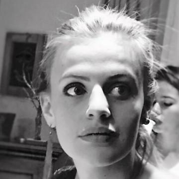 Anne Hoareau , 20, Geneve, Switzerland