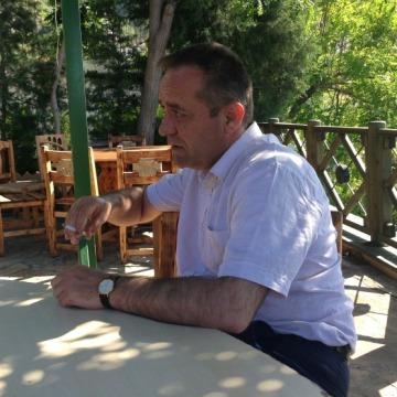 ahmed, 46, Irbil, Iraq