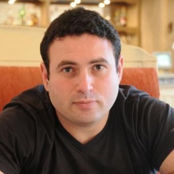 Igor Shrayer, 36, Sydney, Australia
