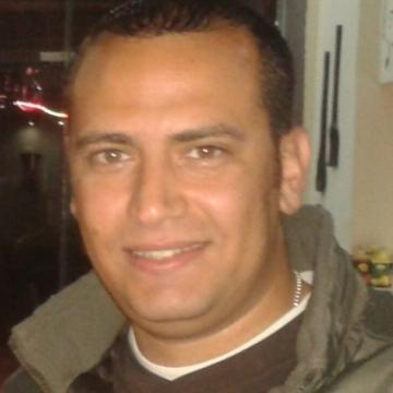 Yasser Nabil, 34, Hurghada, Egypt