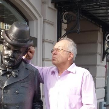 István Higyed, 62, Budapest, Hungary