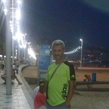 Kris Prifti, 54, Madrid, Spain