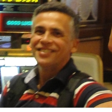 Roberto, 50, Rio de Janeiro, Brazil