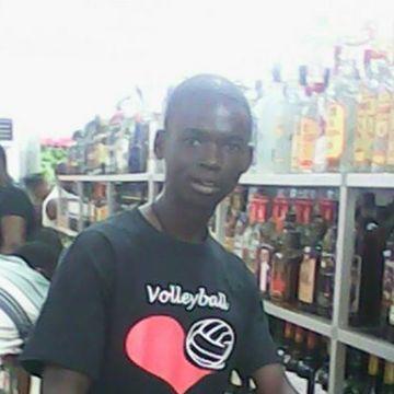 MAGNUS MENDEE, 26, Monrovia, Liberia