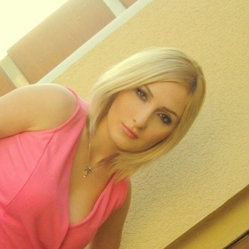 Helen, 25, Istanbul, Turkey