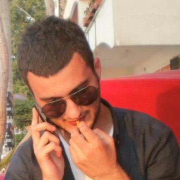 Fırat Dursun, 27, Istanbul, Turkey
