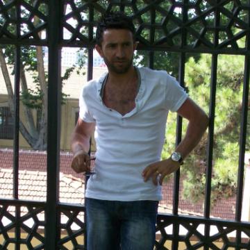 Baycan Kayabaş, 31, Istanbul, Turkey