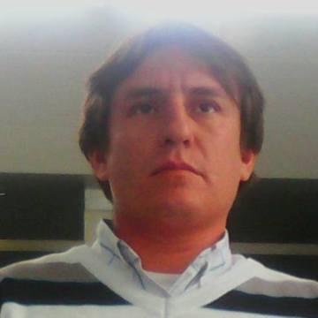 Gonzalo Pizarro, 36, Santiago, Chile