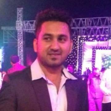 Rohan Alamchandani, 30, Dubai, United Arab Emirates