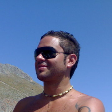 Meteo Kun, 39, Rome, Italy