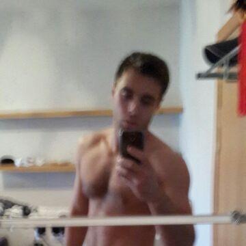 Yarik, 28, Saint Petersburg, Russian Federation