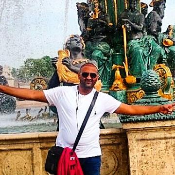 Mohamed , 31, Jeddah, Saudi Arabia
