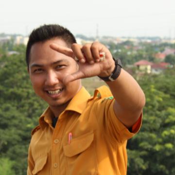 Gilang, 28, Medan, Indonesia