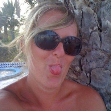 Marie, 34, Bretagne-de-marsan, France