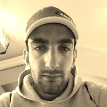 kareem, 27, Dubai, United Arab Emirates