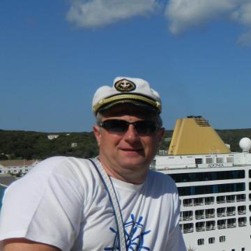 Андрей, 45, Barcelona, Spain
