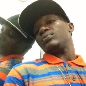 Wasami Dannis, 34, Lagos, Nigeria