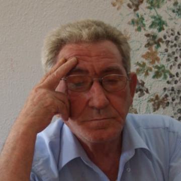 Ugo Vetere, 54, Napoli, Italy
