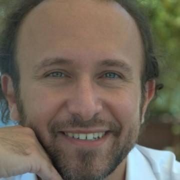Paolo Ficara, 35, Catania, Italy