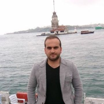 Aydin Sedat, 28, Istanbul, Turkey