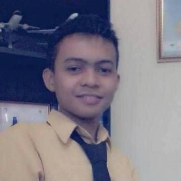 Ois Ismail, 20, Gorontalo, Indonesia