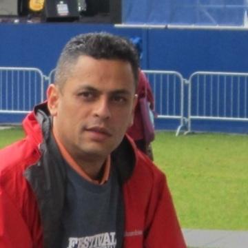 Carlos Saravia, 45, Butler, United States