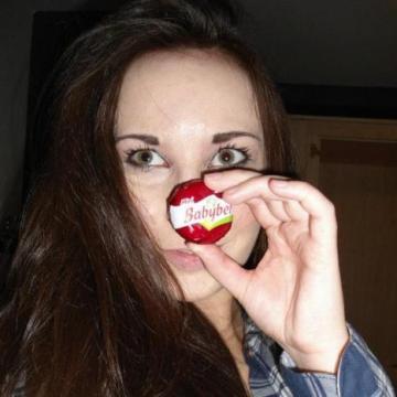 Alice King, 32, Holland, Belgium