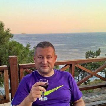 Hakan Suer, 41, Istanbul, Turkey