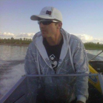 Brandon, 30, Medicine Hat, Canada