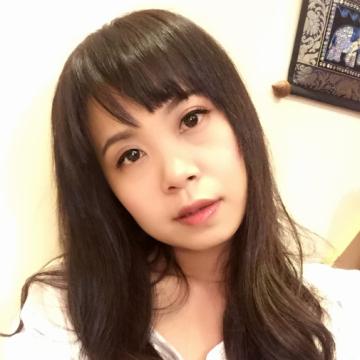 Yuting Lin, 35, Taipeihsien, Taiwan