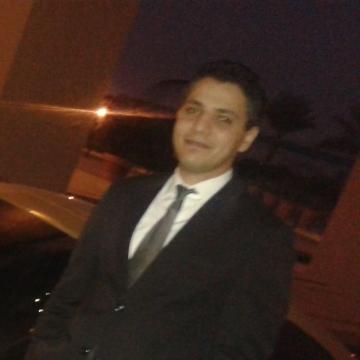Ahmed, 32, Doha, Qatar