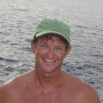 Oliver, 50, Dubai, United Arab Emirates