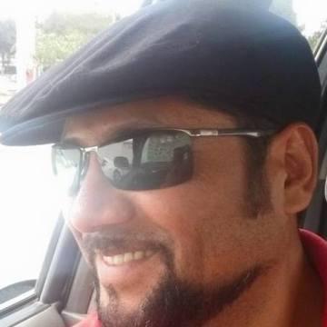Iván Michea Muñoz, 38, Santiago, Chile
