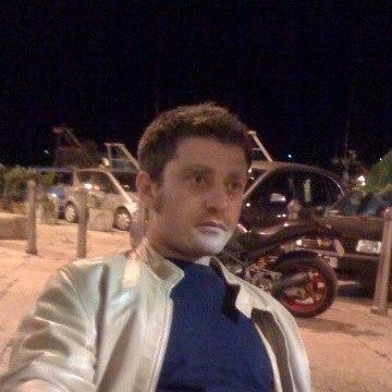 Leo Fuzio, 43, Trani, Italy