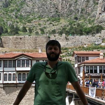 Emre Sari, 33, Ankara, Turkey