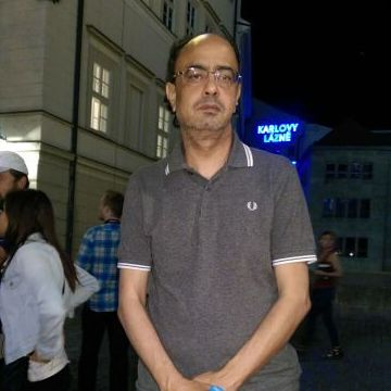 Dr talal, 58, Rome, Italy