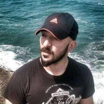 Selcuk Veis Demirovic, 35, Istanbul, Turkey