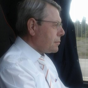 Mehmet Civan, 57, Izmir, Turkey