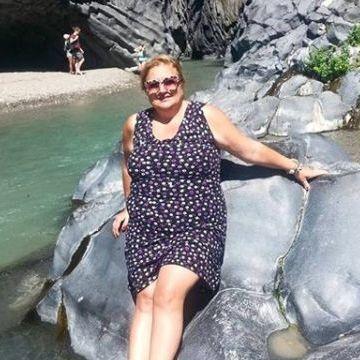 Enza Vinc, 58, Palermo, Italy