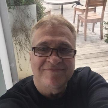 Umit Demirhisar, 53, Istanbul, Turkey