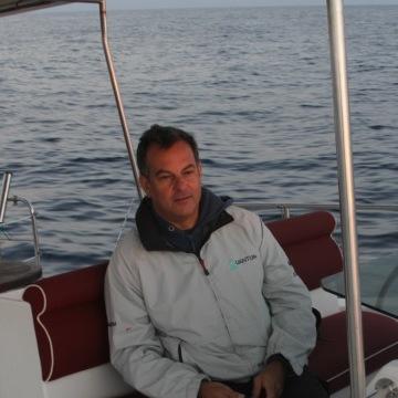 Mariano, 40, Valencia, Spain