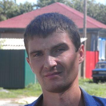 Максим, 35, Tyumen, Russia