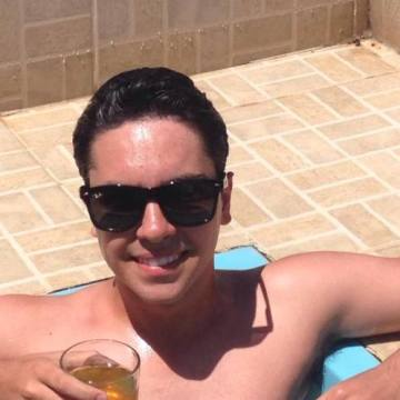 Rafael Assis, 22, Belo Horizonte, Brazil