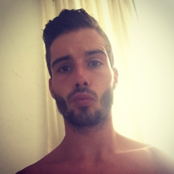 Andres, 23, Granada, Spain