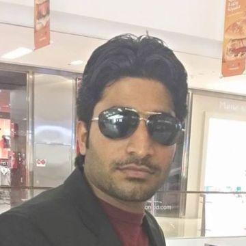 Kashi Saikhu, 27, Dubai, United Arab Emirates