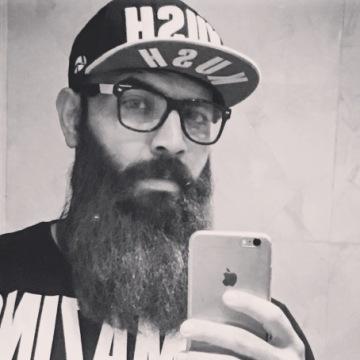 Aziz, 32, Khobar, Saudi Arabia